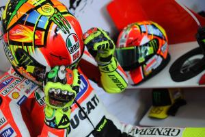 Rossi Wearing Special Simoncelli Tribute Helmet At Valencia